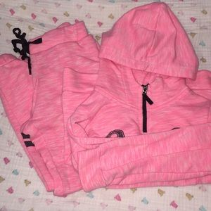 Girls sweatsuit